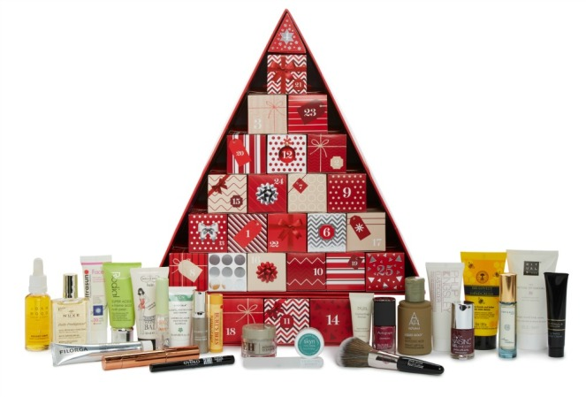 marks_and_spencer_beauty_advent_calendar_2016_contents.jpg